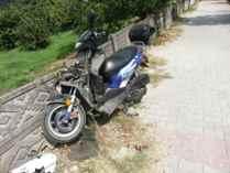 Motorsiklet Traktöre Çarptı : 1 Yaralı