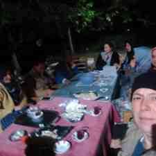 Kışlaçay Park'ta Bayanlar Sıcak Havanın Tadını Çay İçerek Çıkardılar!!