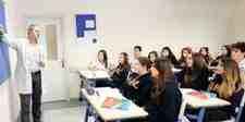 Özel Okullar Başarılı Öğrencilerin Peşinde!