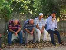 Kışlaçay Mahallemizde Kurban Bayramı Arefesinde Kabir Ziyareti!