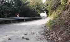 Boğazköy Halkı Bu Yoldan (Korkarak) Geçiyor!