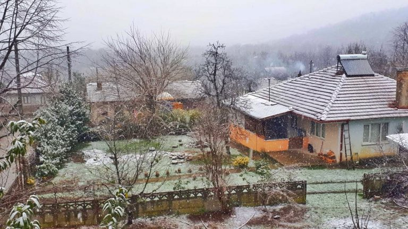 Beklenen Kar Yağışı  Kışlaçay Mahallesin'de Etkili Oluyor!