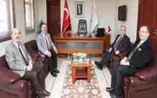 Vali Nayir'den Arifiye Belediyesine İade-i Ziyaret!