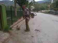 Kışlaçay da Bayram Temizliği Belediye Tarafından Otlar Kesildi!