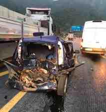 Geyve Şerefiye'de Zincirleme Trafik Kazası Korkuttu 3 Yaralı!