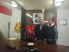 Hamed Abodun Eskişehirspor'da Profesyonel Sözleşme İmzaladı!