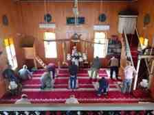 Camilerde Sosyal Mesafeli İlk Cuma Namazı Kılındı!
