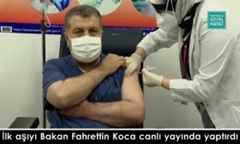 İlk aşıyı Bakan Fahrettin Koca canlı yayında yaptırdı