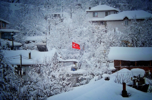 Baharı Beklerken Sakarya'ya Kar Sürprizi!