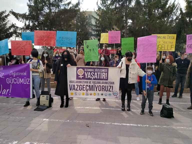 Sakarya Kadın Platformu: Kadınlar bu sözleşmeden çekilmiyor