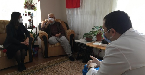 Arifiye'de Yaşlılar Haftası'nda anlamlı ziyaret
