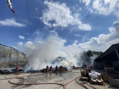 Arifiye'deki tesis yangını söndürüldü.
